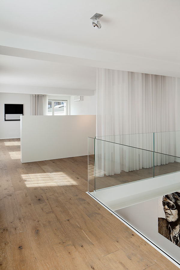 revitalisierung loft in k ln ute piroeth architektur. Black Bedroom Furniture Sets. Home Design Ideas